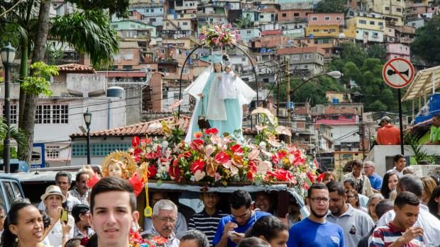Procesión de la Virgen del Carmen, El Calvario, municipio El Hatillo, Caracas. Fotografía Luis Chacín, 21 de julio de 2018.