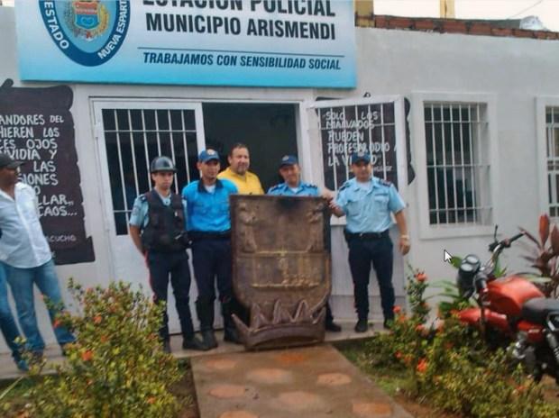 Escudo de armas de La Asunción. Patrimonio cultural de Nueva Esparta, Venezuela.