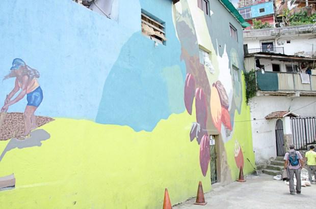 El Calvario, El Hatillo. Mural del cacao, El Calvario, estado Miranda. Fotografía Luis Chacín, julio 2018.