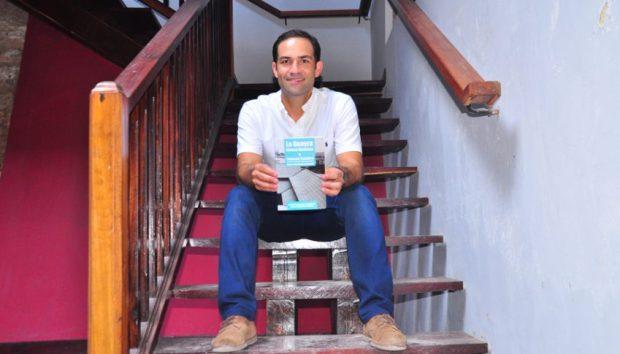 El arquitecto Rubén Contreras López se ha convertido en una voz con propuestas y acción para el rescate del Casco Histórico de La Guaira. Foto Cruz Sojo, 2018.