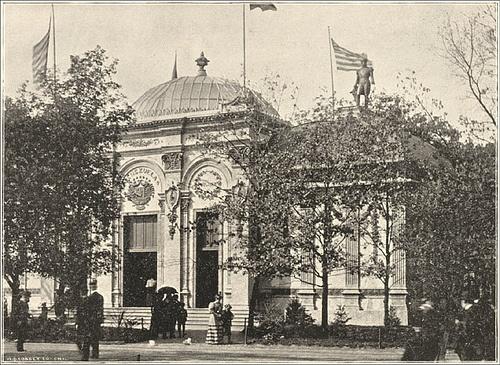 Otro aspecto del edificio de Venezuela y la estatua de El Libertador. Foto Venezuela Building at of the World's Columbian Exposition, 1893. flickr.com.
