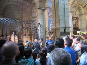 Visita guiada por el interior de la Basílica Menor de la Inmaculada Concepción. Foto Samuel Hurtado Camargo, octubre 20 de 2018
