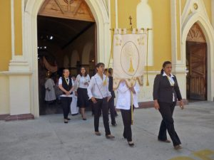 Celebración del Santo Sacramento. Iglesia Nuestra Señora de El Espejo, Mérida-Venezuela. Foto Marinela Araque, diciembre 2018.