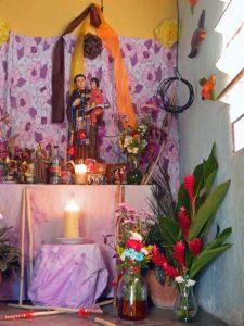 2017. Altar de San Antonio en Villa Araure Uno, Portuguesa. Foto Wilfredo Bolívar. Tamunangue o sones de negro entre Lara y Portuguesa. Patrimonio cultural de Venezuela.
