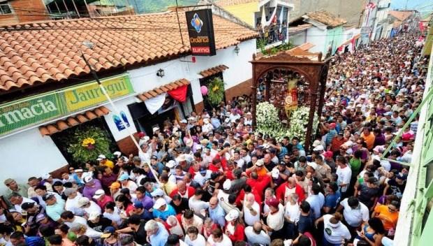 Procesión en la festividad del Santo Cristo de La Grita (6 de agosto). La Grita, estado Táchira. Foto Ing. Carlos Zapata, 2012.