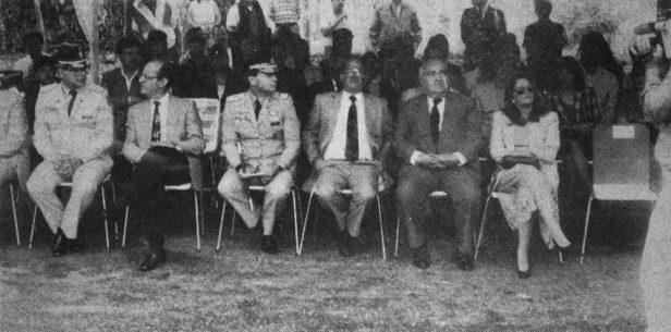 Asistentes a la inauguración del monumento a Páez en Mérida. Foto William Muñoz_diario Frontera, junio 14 de 1993. Dig. Samuel Hurtado C. Estatua ecuestre de Páez, patrimonio cultural de Mérida, Venezuela.