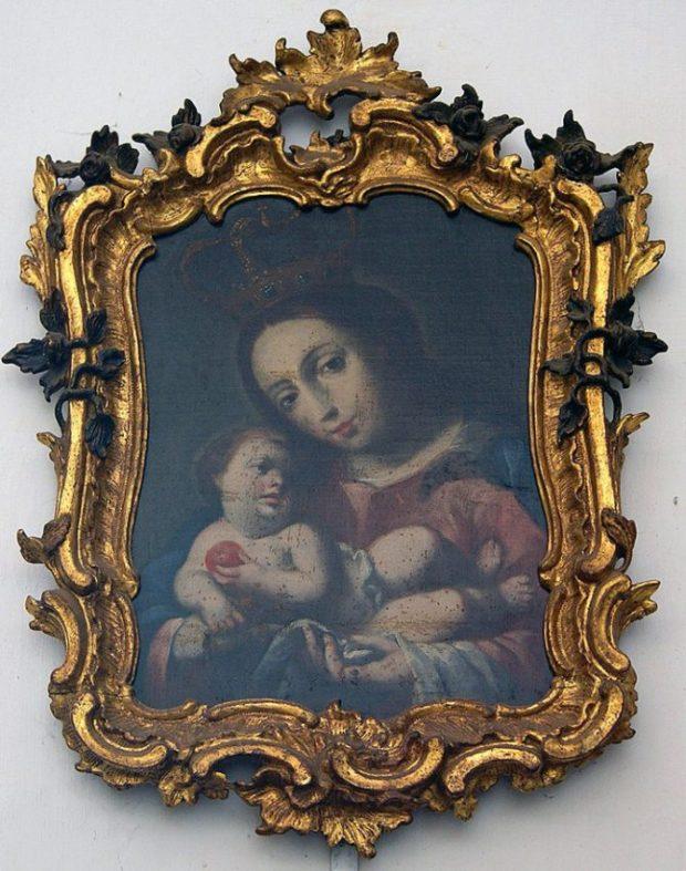Virgen del Rosario (s XVIII), óleo de Juan Pedro López en el Museo de Arte Colonial de Caracas. Foto Janethrodri en Wikimedia Commons.