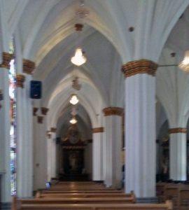 La estructura de la iglesia San Rafael, de El Moján, se sostiene en arcos apuntados y bóvedas de crucerías. Mara, Zulia. Foto Marinela Araque, marzo 2019.