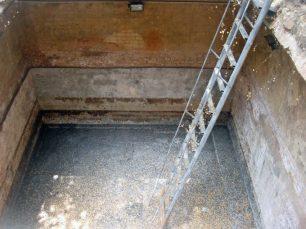 Escalera del aljibe descubierto en 2013 en la Casa de la Capitulación. Maracaibo, Zulia. Foto Wilmer Villalobos, mayo 2019.