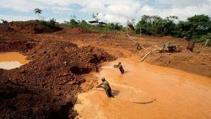 Actividad extractiva en el Arco Minero del Orinoco. Foto Telesur