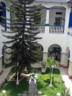 Oncológico Luis Razetti. Patio interno. Foto: Alejandra Suárez.