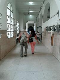 Oncológico Luis Razetti, pasillo. Foto: Alejandra Suárez.