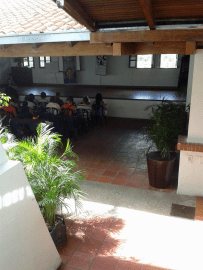 Auditorio, ubicado donde se encontraba el patio original de la casa. Foto: Alejandra Suárez.