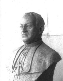 Busto de Monseñor Rafael Ángel González Ramírez. Foto: archivo del José I. Vielma Vielma.