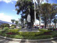 Otra vista de la cara posterior del monumento al Gran Mariscal de Ayacucho. Foto Samuel Hurtado Camargo, 28 de mayo de 2017