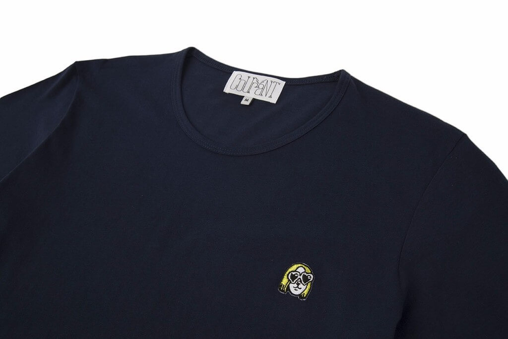 The Courant Dog heart Shaped Sunglasses colour logo tee in navy.