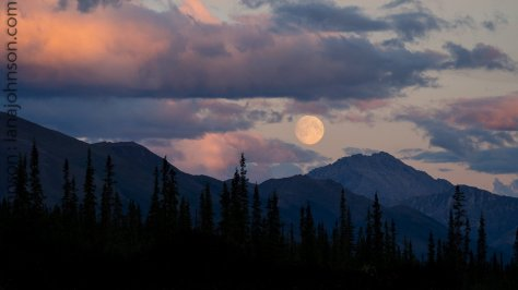 Super Moonrise Dalton Highway