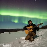 Crooning to the aurora!!