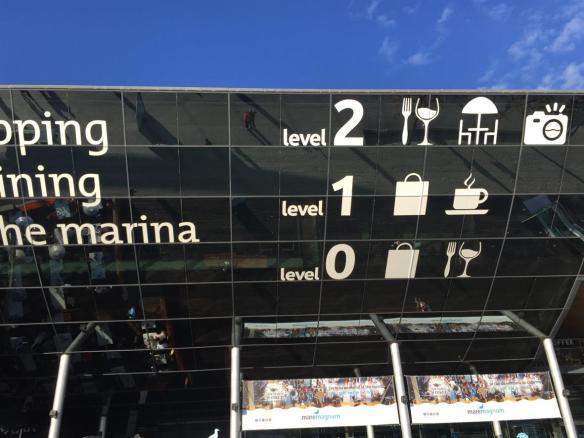 """Если внимательно присмотреться, то в квадратике слева от надписи """"level 2"""", можно увидеть две ма-а-а-а-ленькие фигурки. Это - мы"""