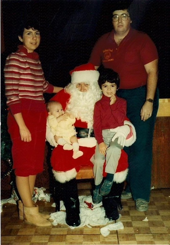 HADDEN Ian and Karen Family with Santa 1984