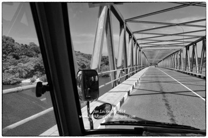 New bridge near Thiriyai (looking south).