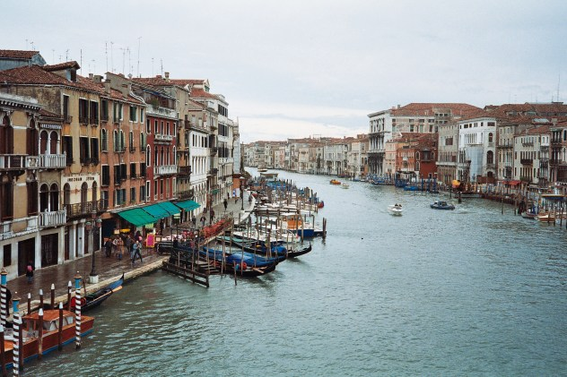 02 Another grand canal view V_1992_3_Photo03_4