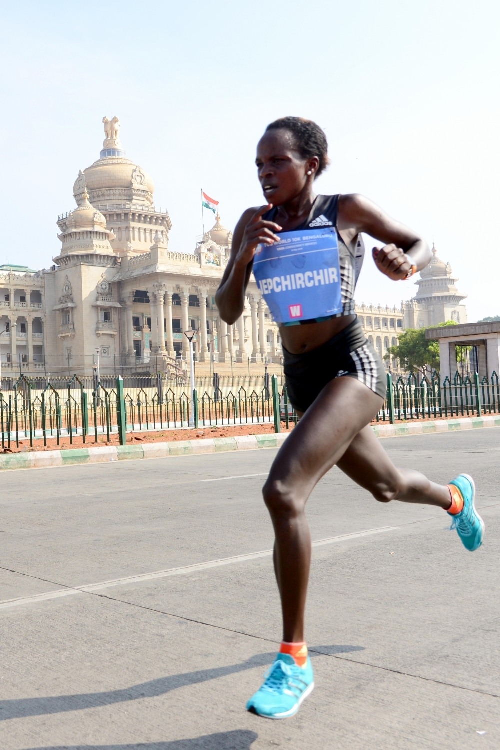 Peres Jepchirchir smashes women-only half marathon record — IND News