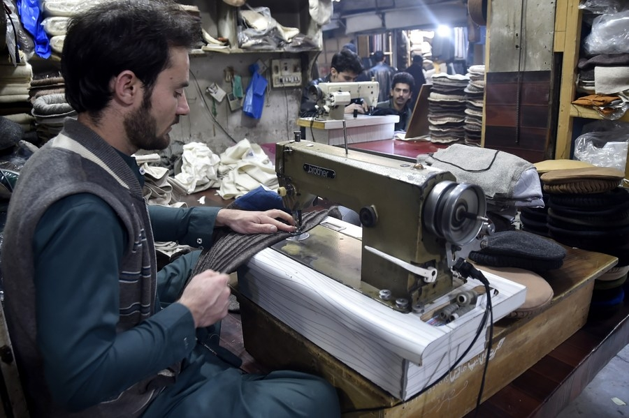 SMEs plan to expand business as economy revives: Survey (Xinhua/Saeed Ahmad)