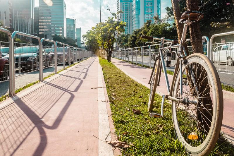 Saiba o que fazer a pé ou de bike a partir do seu Apartamento Walk SP