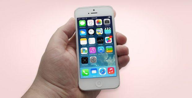Do đó, câu trả lời cho câu hỏi là những gì cần chọn - iPhone 5 hoặc 5 giây, trở nên rõ ràng. Cái sau trong tất cả các tham số vượt quá và iPhone 5 và iPhone 5C.