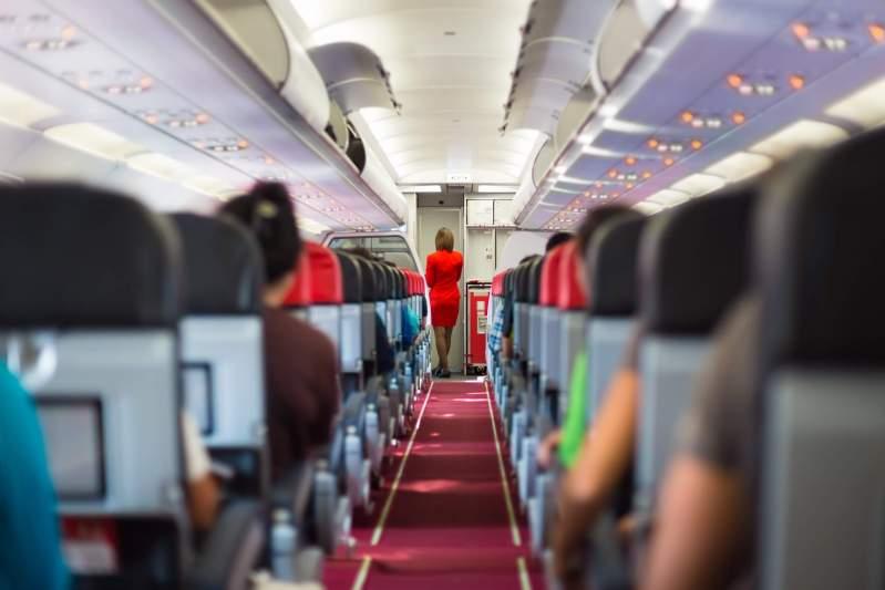 airplane ventilation rates safe