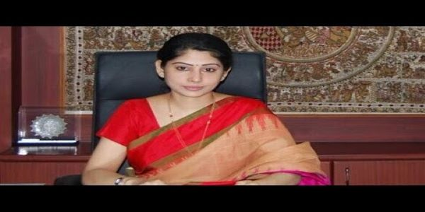 This is the biography about Smita Sabharwal. We spoke about her age, husband and salary