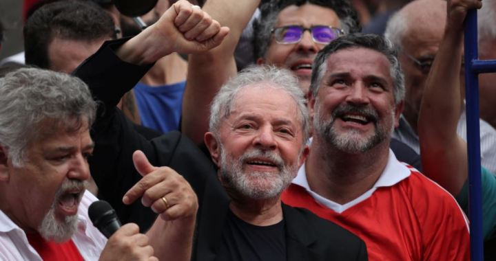 Sept 7: North Carolina officials warn voting twice is illegal, China's largest banks report big profit declines, Brazilian court annuls one criminal case against Lula Da Silva
