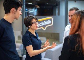 A început programul StepFWD. 11 echipe au intrat în programul de pre-accelerare de 6 săptămâni pentru startup-urile cu echipe diverse