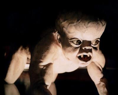 Bébé sur mesure bébé mutant