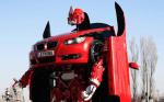 Une BMW se transforme en robot