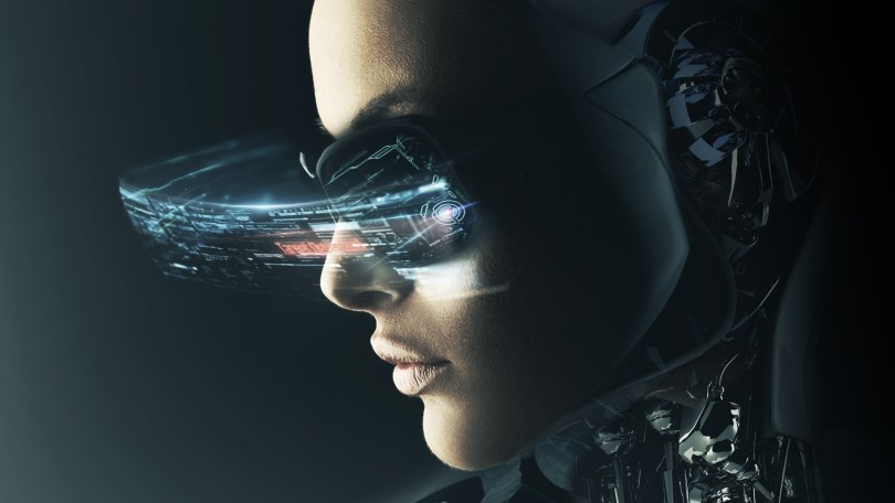 Cyber girl bionique h+transhumanisme