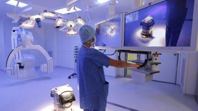 salle d'opération hybride medecine-robot-sante-chirurgie