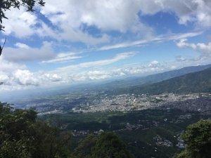Perspectiva de Ibague desde el cerro de la Coqueta