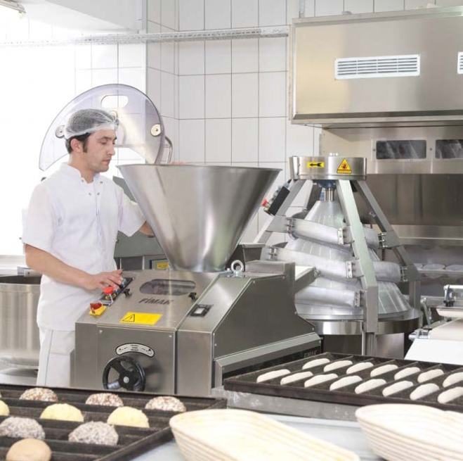processing-group-dough-dividing