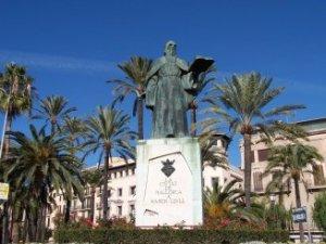 Ramón Llull, al Centre Històric de Palma / Old Quarter