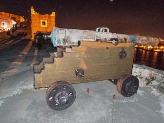 Canon on Fortress of San Carlos de la Cabana