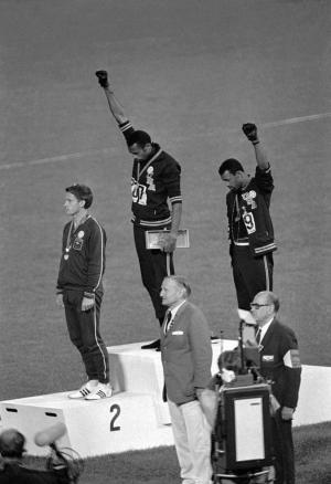 pa-2373497_tommie_smith