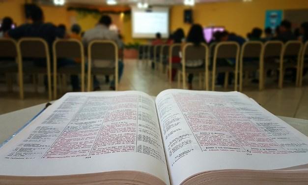 La importancia de repetir la Palabra a la Iglesia