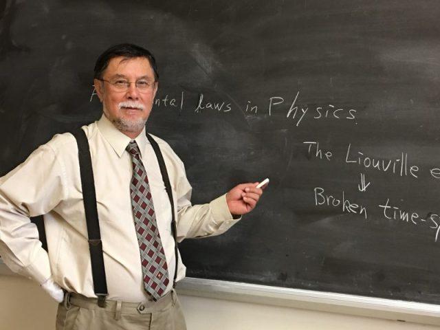 ペトロスキー富夫物理学博士