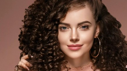 Ways to Grow Curly Hair Faster and Longer ft