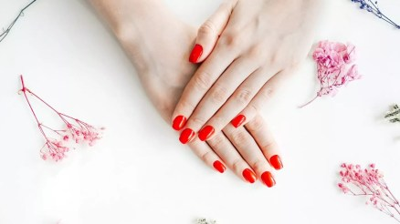 how long does nail polish last on your nails