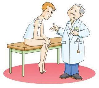Imagen hombre conversando sobre fertilidad con su médico