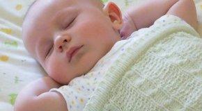 Lo mejor para los bebés es dormir boca arriba