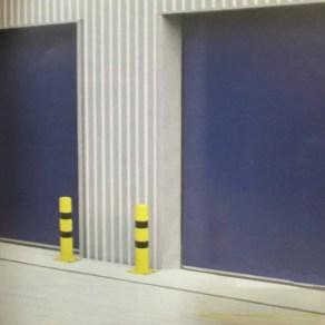 Pilonas proteccion industrial
